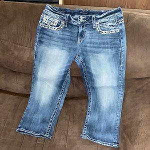 Woman's Size 13/14 vigoss capri jeans